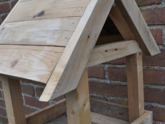 Vogelhuis hangend hout
