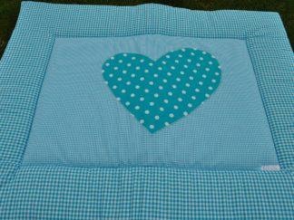 zelfgemaakt katoenen boxkleed in de kleur blauw met hartje