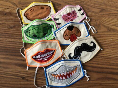 zelfgemaakte mondkapjes funny caps geborduurde mondkapjes tong,lip,snor,haai,hond,poes,paard,dino