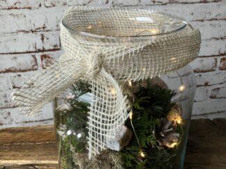 Kerst workshop, Kerststuk zelf maken, DIY, Doe-het-zelf, glas met lampjes, kerstgroen, kerstpakket