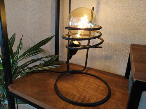 Industriële tafellamp 'Sorajoso' mat zwart staal
