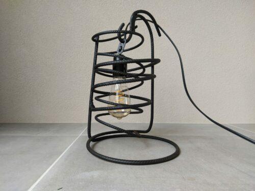 Industriële tafellamp 'Bravo' mat zwart betonstaal