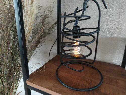 Industriële lamp 'Bravo' mat zwart betonstaal