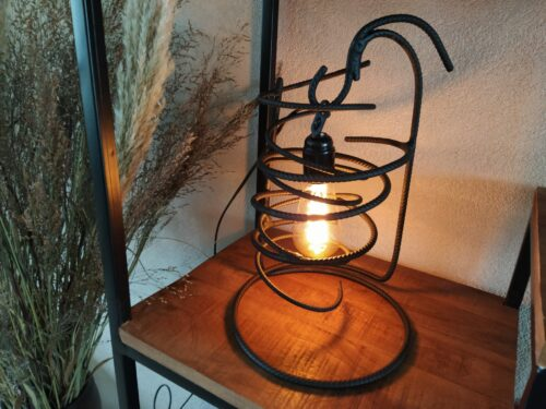 Stoere lamp 'Bravo' mat zwart betonstaal