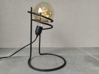 Industriële tafellamp 'Corajoso' mat zwart stoer
