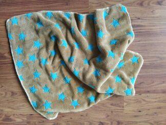 Babydekentje fleece bruin blauwe sterren handgemaakt uniek