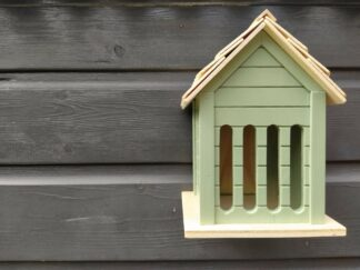 Insectenhotel, insectenhuisje, vlinderhuisje, vlinderhotel, hout, groen, tuin